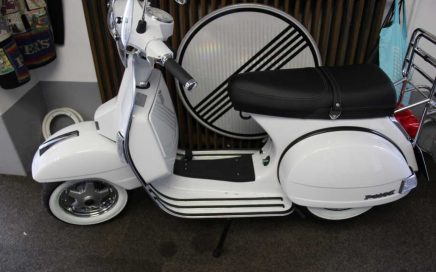 vespa archive flying classics. Black Bedroom Furniture Sets. Home Design Ideas